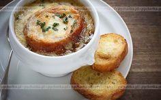 Zupa cebulowa z serem Emmentaler