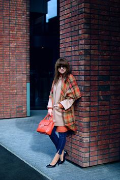 OOTD, Tartan, Outfit, Orange, Zara, Woman, Autumn, Fall, Heels, Colors, Prada, Jeans, Mango, Camel
