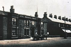 A later postcard view of the Tim Bobbin Hotel in Burnley. Burnley, Old Maps, Past, Hotels, Places, Life, Past Tense, Antique Maps, Old Cards