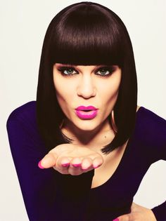 Jessie J!! ♥ - She is an amazing singer. Her voice is completely unique! :-)) One of my favorite people in the ENTIRE world.