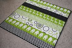Holly and Olive: Quick baby quilt