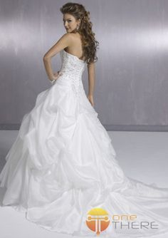 Ball Gown Wedding Dresses-Sexy Ball-Gown Sweetheart Chapel Train Organza Satin Wedding Dresses