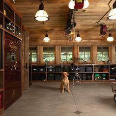 Organized Garages, Country, garage, Murphy & Co. Design