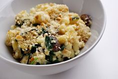 Mushroom, Spinach and Spicy Peppers Macaroni and Cheese #notafoodie