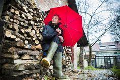 Op de longlist van de Libris Literatuur Prijs 2016 staan twee Belgen. Op 9 mei zal de winnaar bekend worden gemaakt en gaat hij/zij ook naar huis let 65.000 euro. De jury koos uit 180 inzendingen achttien boeken waaronder dus 'Jacht' van Elvis Peeters en 'Dertig dagen' van Annelies Verbeke.