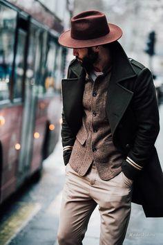 Уличная мода: Уличный стиль недели мужской моды в Лондоне осень-зима 2017-2018
