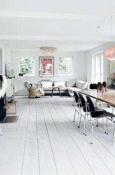 my scandinavian home: A beautiful white Danish home