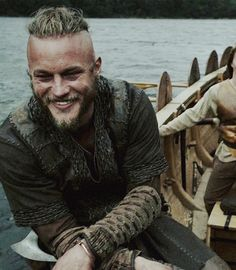 travis fimmel as ragnar in vikings