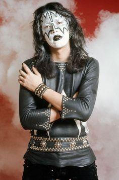 Ace Los Kiss, Kiss Members, Vinnie Vincent, Kiss Pictures, Kiss Images, Eric Carr, Peter Criss, Vintage Kiss, Kiss Photo