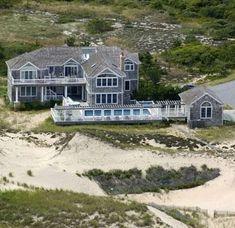 Celebrity Mansions - Howard Stern's