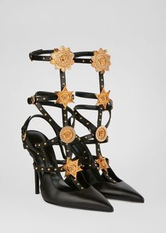 Versace Medusa Western Cage Pumps for Women Pump Shoes, Shoe Boots, Shoes Heels, Shoe Selfie, Versace Shoes, Barbie, Sexy Heels, High Heels, Fashion Heels