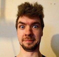 Jacksepticeye Ah jack. No matter how hard ya try, your floof attempt won't have the same affect as Mark's XD ;)