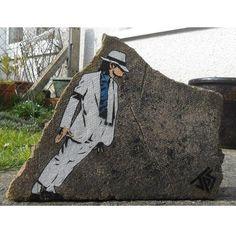 """By @jps_artist #StreetArtGlobe #StreetArt www.UpFade.com"""