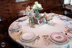 Vintage Wedding Tablescapes from Howell Family Farms Wedding - Blog - RENT MY DUST Vintage Rentals