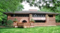 Frank Lloyd Wright's Arthur B. Heurtley House (Oak Park, IL)