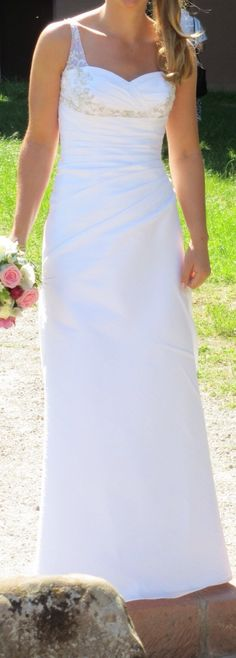 ♥ Wunderschönes schlichtes Brautkleid ♥  Ansehen: http://www.brautboerse.de/brautkleid-verkaufen/wunderschoenes-schlichtes-brautkleid-2/   #Brautkleider #Hochzeit #Wedding