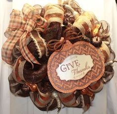 Give Thanks Mesh and Burlap Wreath Thanksgiving #decomesh
