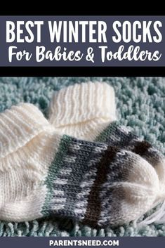 Keeping baby warm at night in winter isn't so hard. You have to get him good winter clothes, gloves, and best winter socks for babies! Baby Necessities, Baby Essentials, Shirt Hacks, Breastfeeding Help, Winter Baby Clothes, Good Parenting, Parenting Hacks, Winter Socks, Newborn Care