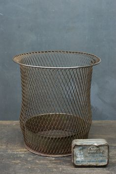 Industrial Art Metal Wire Mesh Trash Can : Factory 20