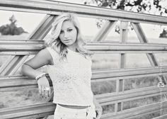 Gallery For > High School Senior Pictures Ideas For Country Girls