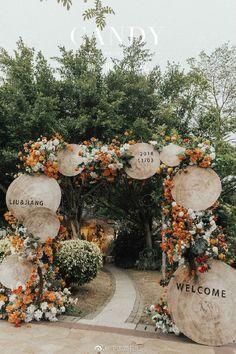 Such an epic ceremony entrance 🌿✨ ⠀⠀⠀⠀⠀⠀⠀⠀⠀ Original source unknown, please 👉🏼DM👈🏼 us if you know Wedding Stage, Boho Wedding, Fall Wedding, Wedding Ceremony, Dream Wedding, Bohemian Weddings, Filipiniana Wedding Theme, Wedding Altars, Wedding Arches