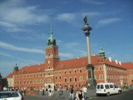 The decision to build the Royal Castle was made when Zygmunt III Vasa moved the capital from Krakow to Warsaw in 1596.