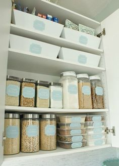 KonMari Method Dollar Tree Organizing Pantry organization and storage with baking pantry labels. KonMari Method Dollar Tree Organizing Ideas – Spark Joy with these tidying up tips that fit any budget! Dollar Store Hacks, Dollar Store Crafts, Dollar Stores, Medicine Cabinet Organization, Pantry Organization, Organizing Ideas, Pantry Storage, Organising, Organize Medicine