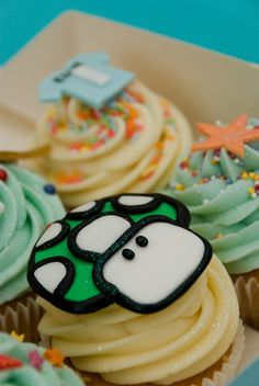 Mario Mushroom Cupcake Mushroom Cupcakes, Fluffy Cupcakes, Personalised Cupcakes, Sweet Ideas, Mini Cakes, Cake Ideas, Muffins, Mario, Stuffed Mushrooms