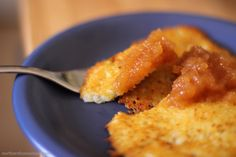 Kartoffelpuffer - Potato Pancakes Recipe are a treat! They are so yummy that you would think that making them is a culinary science. Quark Cheese, Homemade Sour Cream, Growing Sweet Potatoes, Potato Pancakes, Cheese Pancakes, Steamed Vegetables, Veggies, Diy Greenhouse, How To Make Cheese
