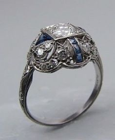 Vintage & Antique Jewelry - PLATINUM ART DECO ENGAGEMENT RING