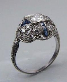 Vintage & Antique Jewelry - PLATINUM ART DECO ENGAGEMENT RING