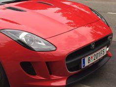 Typische Jaguar Schnauze... das hat Ian Callum, der Chef-Designer in England, wirklich gut getroffen. Chef, Jaguar, Designer, England, Bmw, Vehicles, Automobile, Car
