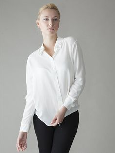 Oversized Shirt #nicecollection #anoukblokker #OversizedShirt #Oversized #Shirt #newfashion  www.2dayslook.com