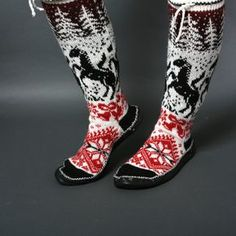 slippers women black white red chaussons wool by helgihandicraft