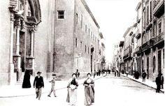 MALLORCA PALMA Calle de San Miguel con su iglesia y convento. Sobre 1915