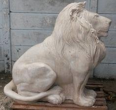 KARKLOOF LION – MARTINE LAPORTA   StoneCast