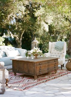 Outdoor Wedding Lounge - white chair & table are nice, different color couch, NOT the rug.