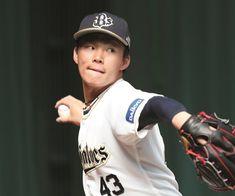若手が続々と台頭しているオリックスの中でも、将来が楽しみな右腕 山本由伸だ。高卒1年目の昨季、二軍で8試合に登板し、防御率は驚異の0.27。自力で一軍切符をつかみとり…。ベースボール・マガジン社発行「週刊ベースボール」のプロ野球・高校・大学・社会人野球・ドラフト注目選手のコラム&インタビュー。