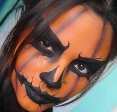Jill o' lantern Halloween  Makeup! For more ideas follow me @richelleashley Trickn and Treatin board!