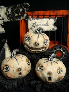 Vintage Halloween. These are awesome!!! Very tim burton-ie