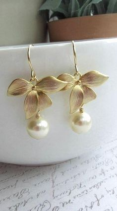 Craft ideas 11164 - Pandahall.com #earrings #flowerearrings #pandahall