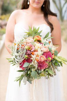 pink peach and orange bouquet @weddingchicks