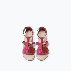 LEATHER SANDALS WITH TASSELS-Sandals-Shoes-Girl (3-14 years)-KIDS | ZARA Spain