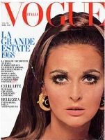 Samantha_Jones_1968_June_Vogue_Italia.jpg