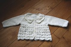 Crochet baby sweater pattern models #crochetbabysweater Visit website >> http://www.knittingdesigns.net/crochet-baby-sweater-pattern-models/