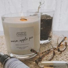 Have your kitchen smelling like you've spent the whole day baking when you've actually been enjoying a little you time 😉 Get yours now 💖 Jewelry Candles, Candle Rings, Soy Candles, Candle Jars, Burning Candle, Apple Pie, Wicked, Finding Yourself, Warm