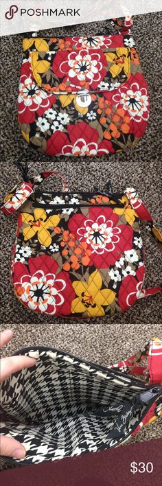 Bittersweet Saddle Hipster Vera Bradley Brand New NWT Adjustable crossbody strap. Exterior front slip pocket with flap front and push-lock closure. Exterior back zip pocket. Lined interior with organizational slip pockets. 3 different openings for storage. There is the main compartment that is shown in the pic. There's another opening on the back which is a zipper opening and the front of the purse has a storage compartment. bottom Width: 10 in Depth: 1 in Height: 10 in Strap Length: 59 in…