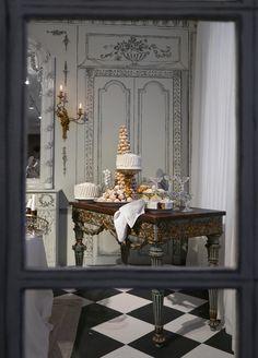 Royal Copenhagen - A Fashionable Christmas