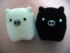 Crochet Lovely Black and White Pig Pair by HandMadePandas on Etsy