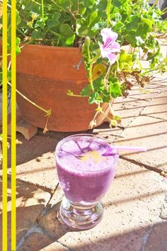 Blueberry smoothie- Simple, effective & a yummy summers drink